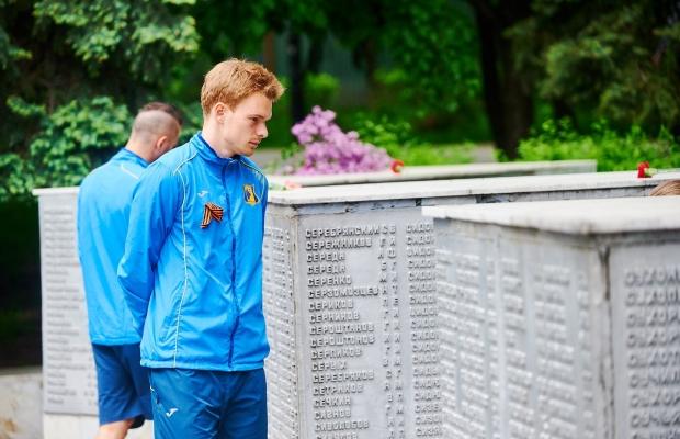 Футболисты «Ростова» снимались вроликах огероях войны